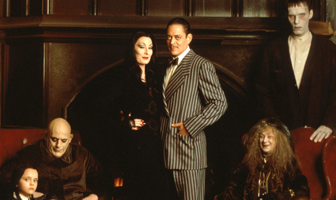 die addams family cinetastic. Black Bedroom Furniture Sets. Home Design Ideas